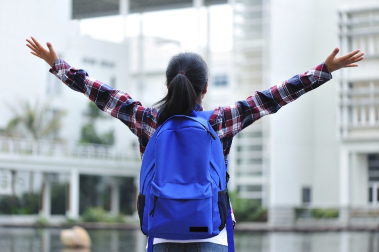 the best backpack for high school girl